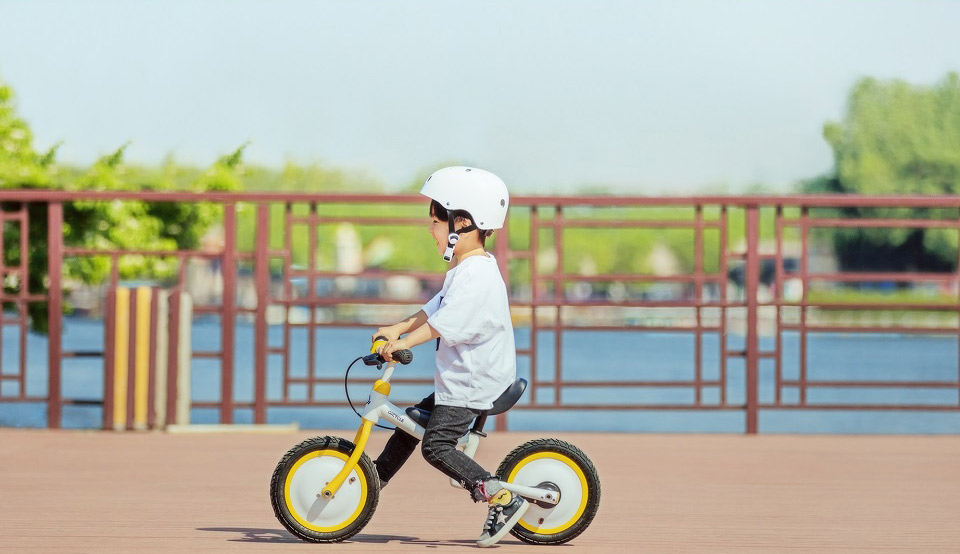 QiCycle Kids safe bike