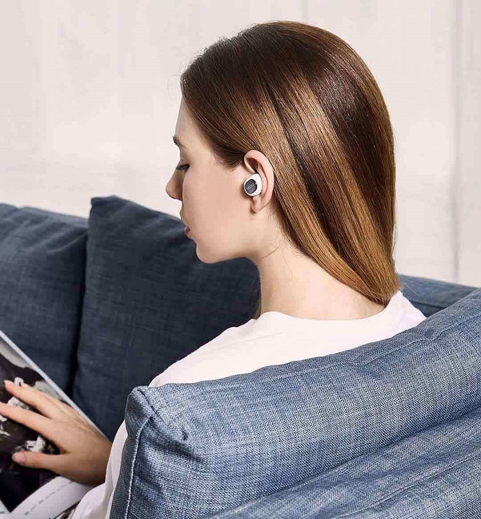 QCY Q26 Mini Bluetooth Headset Photo 9